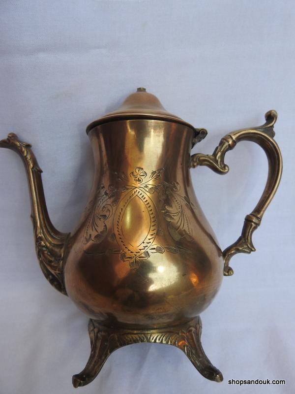 Tea pot 21x22 centimetre 1000 gram Brass
