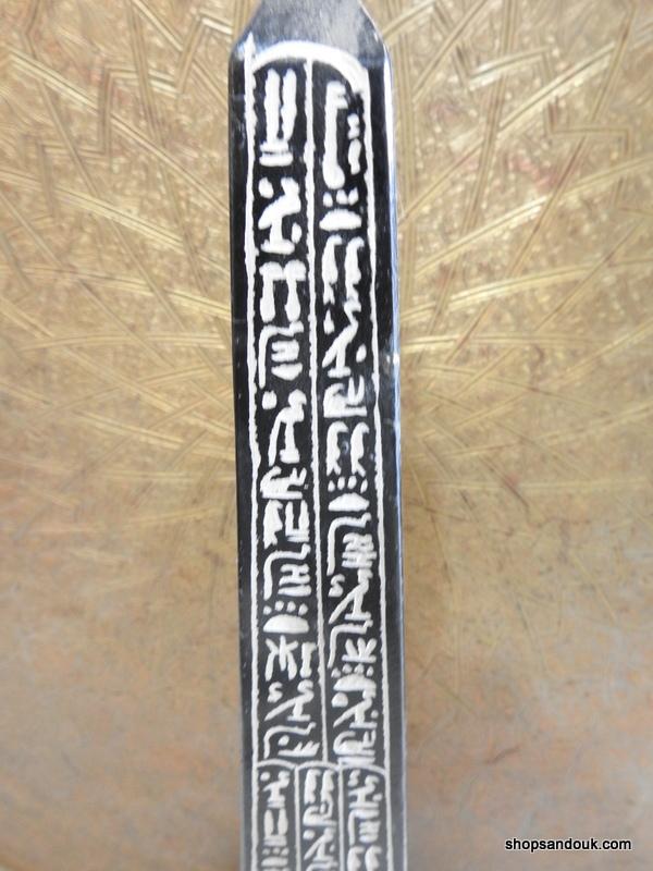 Oblisque 63x15 centimetre 6540 gram Bazalt