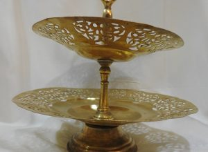 Cake Stands 25x20 centimetre 525 gram Brass vintage